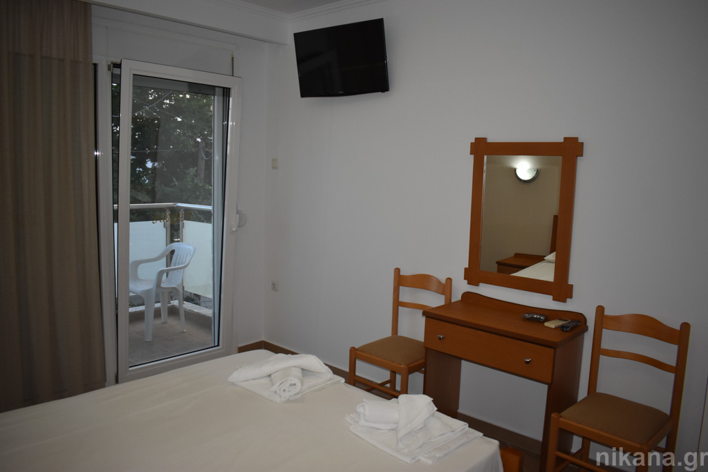 sunset studios potos thassos 2 bed studio #1  (3)