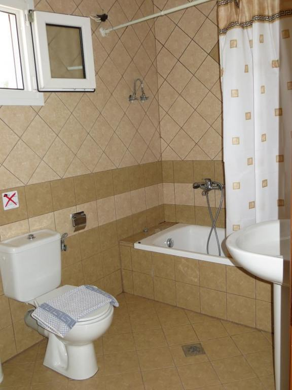 oinochoe villa astris thassos 4 bed apartment  (8)