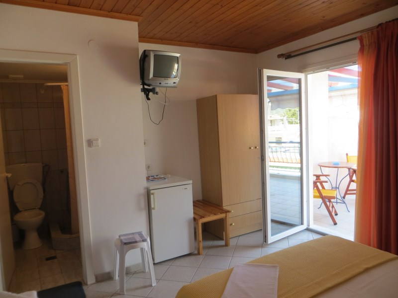 dinas house asprovalta thessaloniki 2 bed room 9