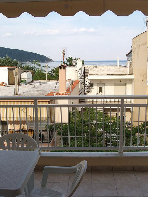 dimosthenis_large_apartment_nea_peramos_kavala_greece_1