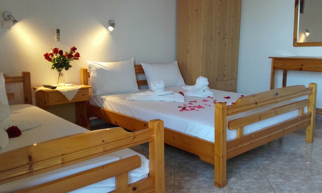 yanna pension kinira thassos 3 bed room 3