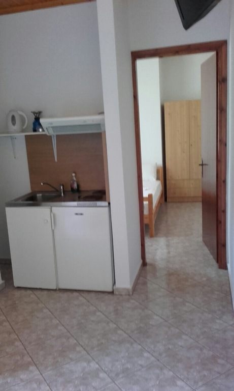 yanna pension kinira thassos 4 bed apartment 15