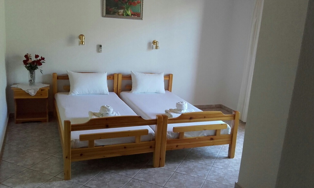 yanna pension kinira thassos 4 bed apartment 16