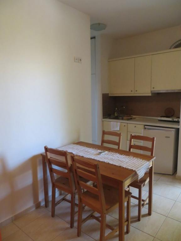 to portego apartments kavala 4 bed apartment first floor  (4)