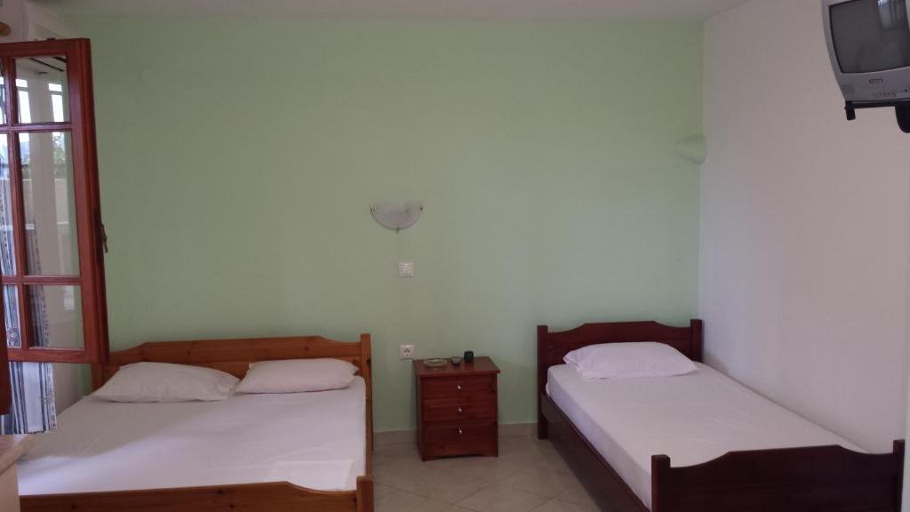 stavros rooms and apartments sarti sithonia 3 bed studio semi based 2