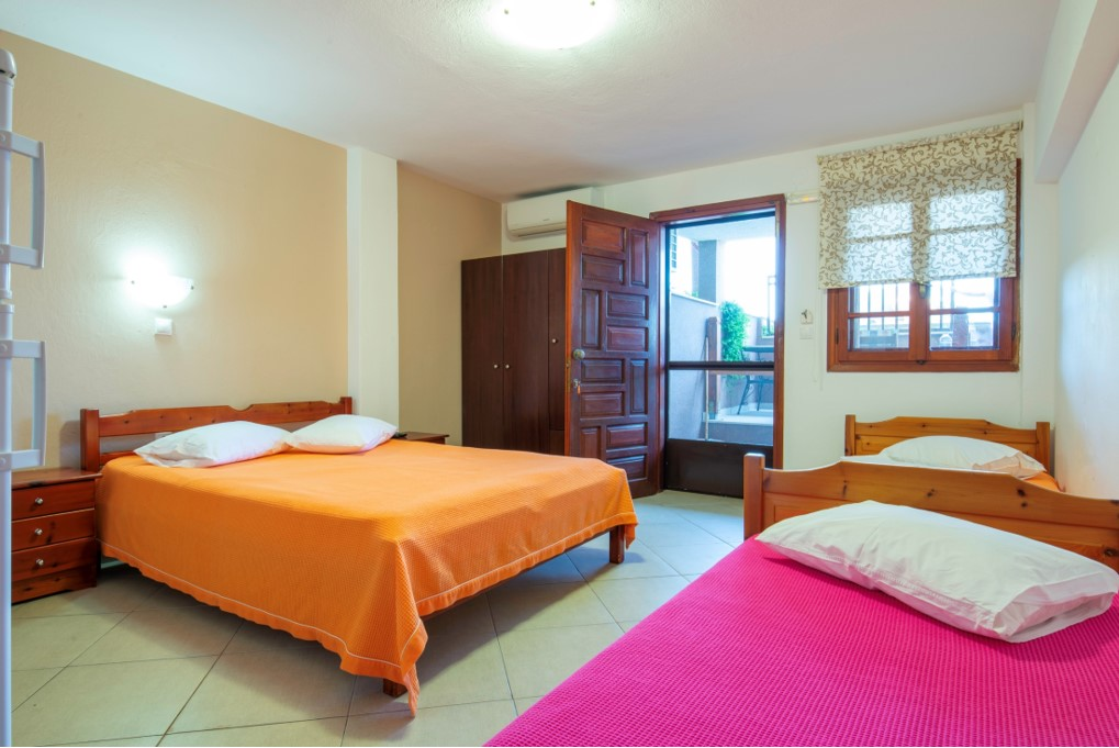 stavros rooms and apartments sarti sithonia 4 bed studio semi based