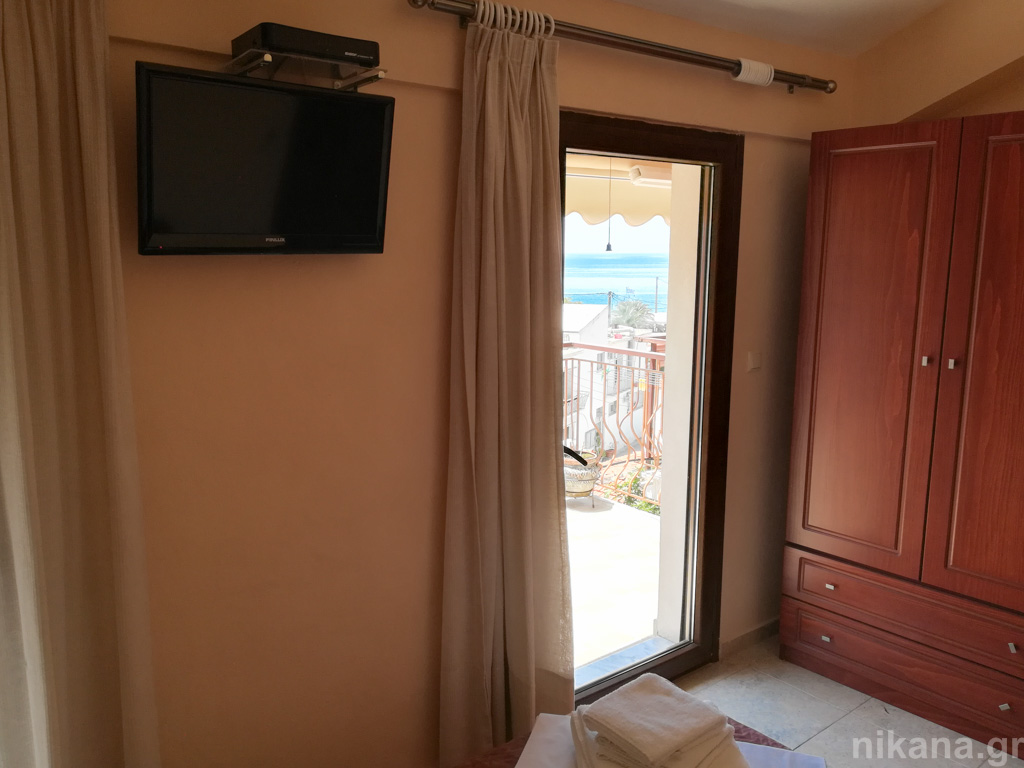 eleni villa skala maries thassos 2 bed studio #5 second floor  (4)