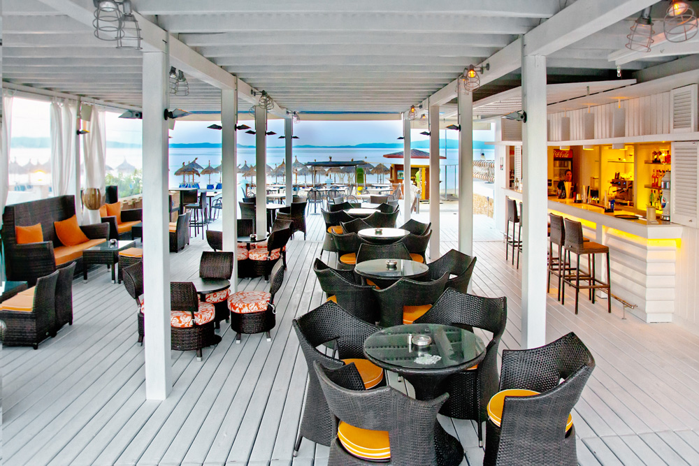 antigoni beach resort ormos panagias sithonia cocktail bar 1