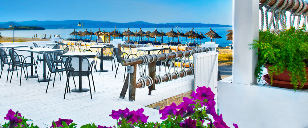 antigoni beach resort ormos panagias sithonia cocktail bar 2