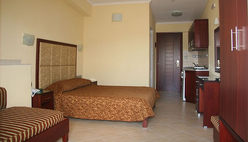 agni hotel on the beach sarti sithonia 2 3 bed studio upper floor 5