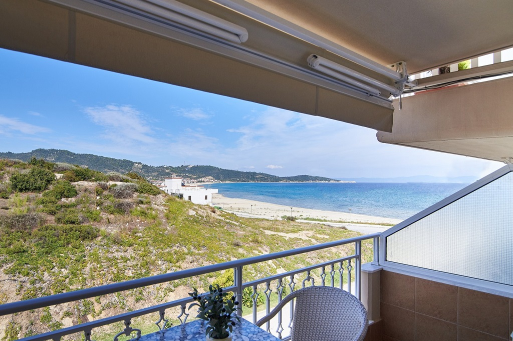 agni hotel on the beach sarti sithonia 5 bed apartment sea view 2