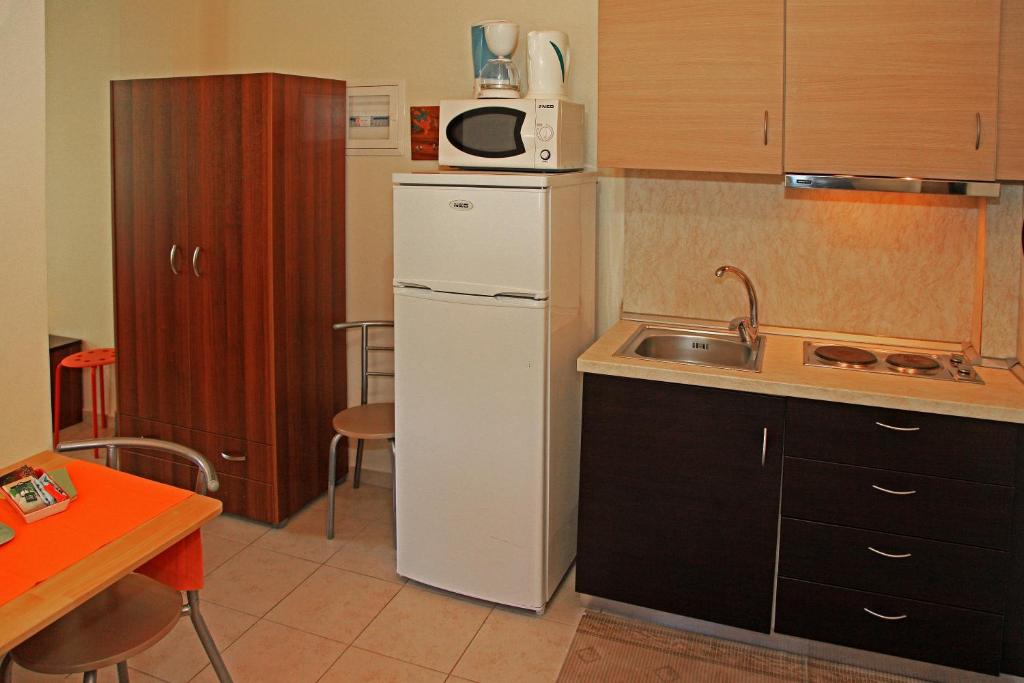 dionysus apartments ierissos athos 3 bed luxury studio 6