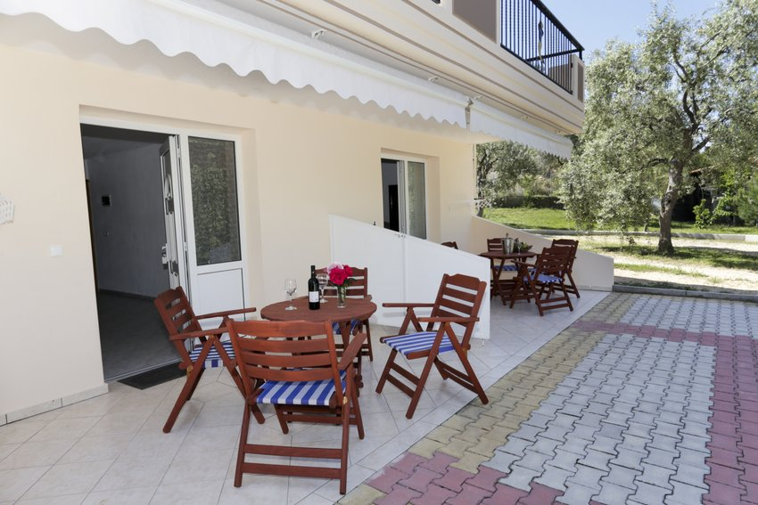 mythos bungalows 3 bed stds potos thassos  (3)
