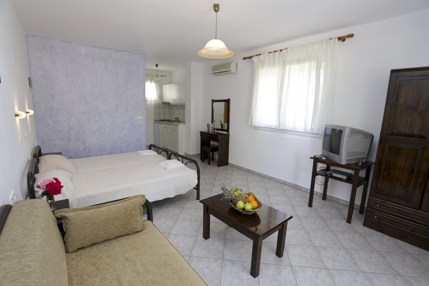 mythos bungalows 3 bed stds potos thassos  (5)