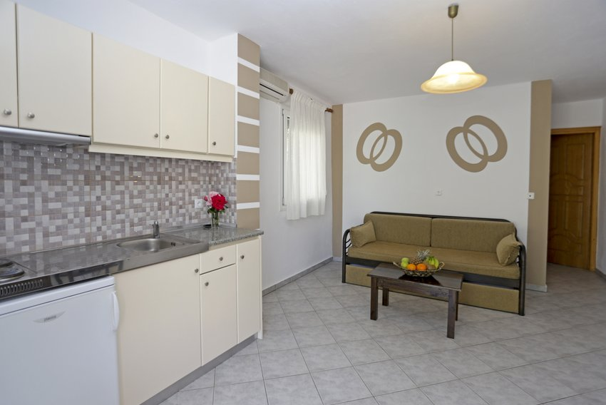 mythos bungalows 4 bed apps potos thassos  (1)