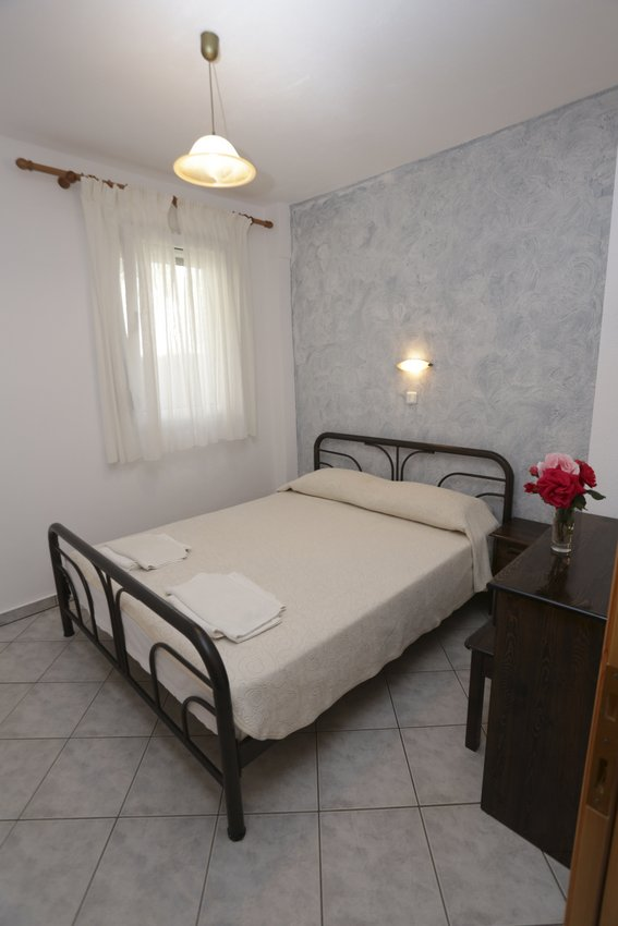 mythos bungalows 4 bed apps potos thassos  (4)