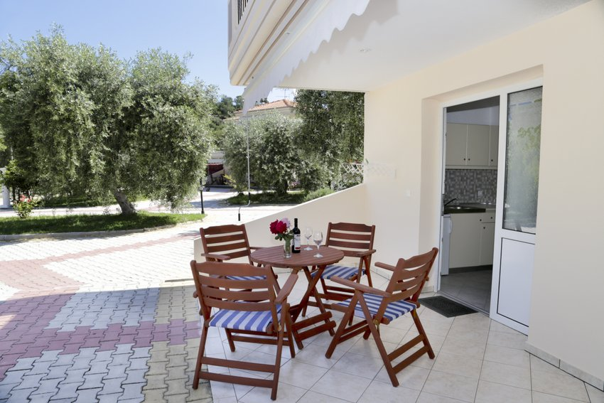 mythos bungalows 4 bed apps potos thassos  (8)