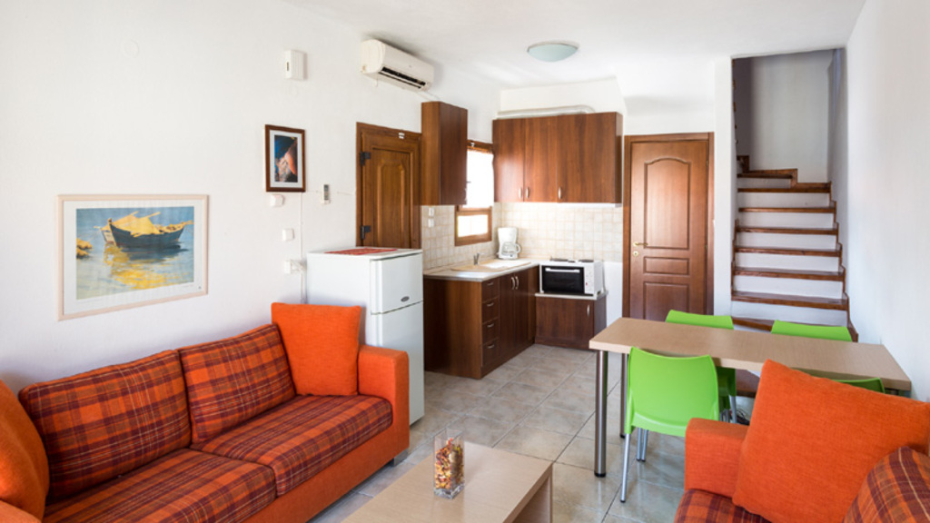 akrathos houses polichrono kassandra 4 bed apartment loft type b 10