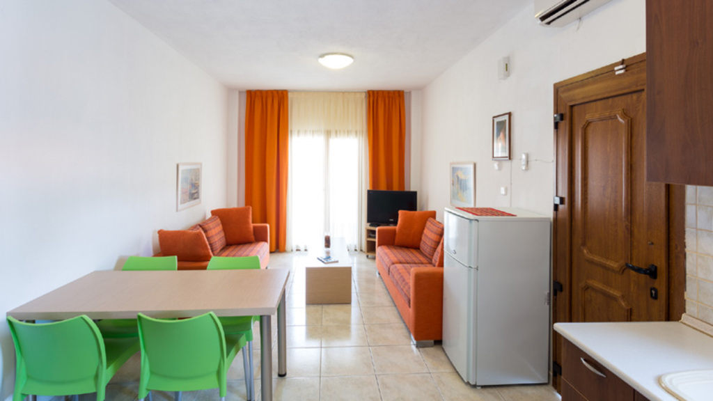 akrathos houses polichrono kassandra 4 bed apartment loft type b 13
