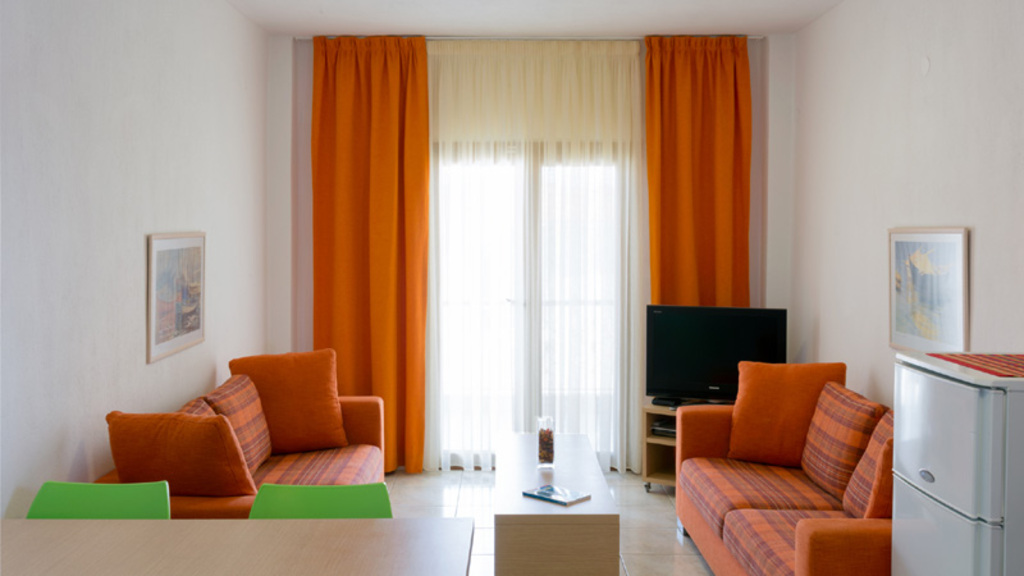 akrathos houses polichrono kassandra 4 bed apartment loft type b 14