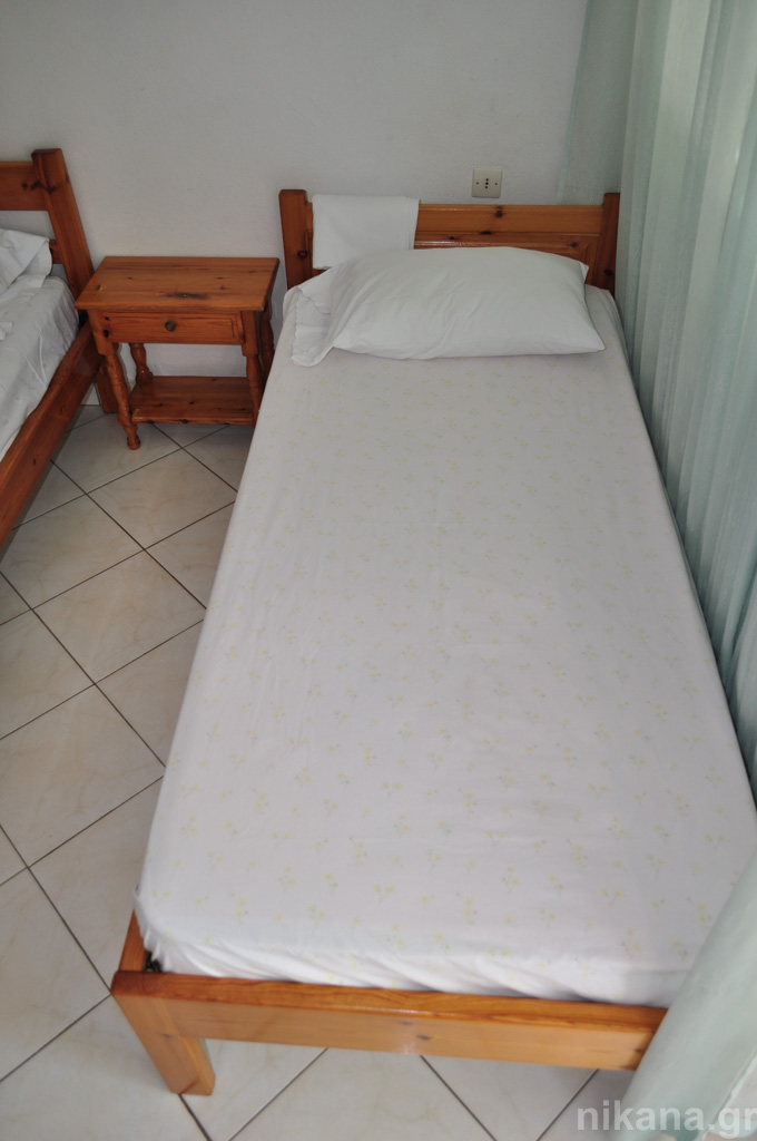 anna rooms potos thassos 3 bed std high ground floor #2  (3)