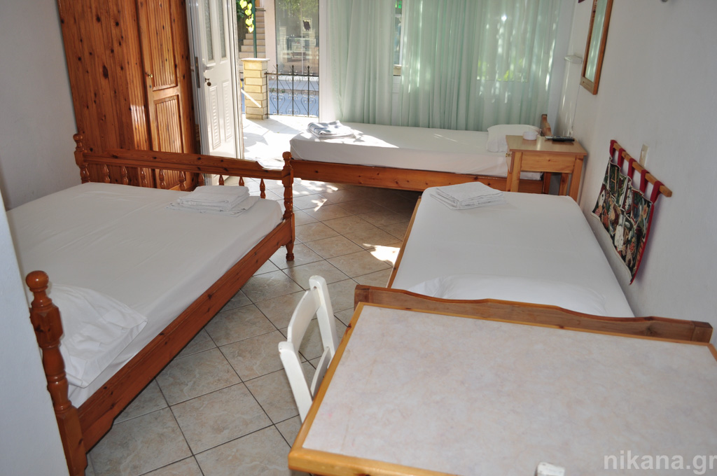 anna rooms potos thassos 4 bed std high ground floor #3  (4)