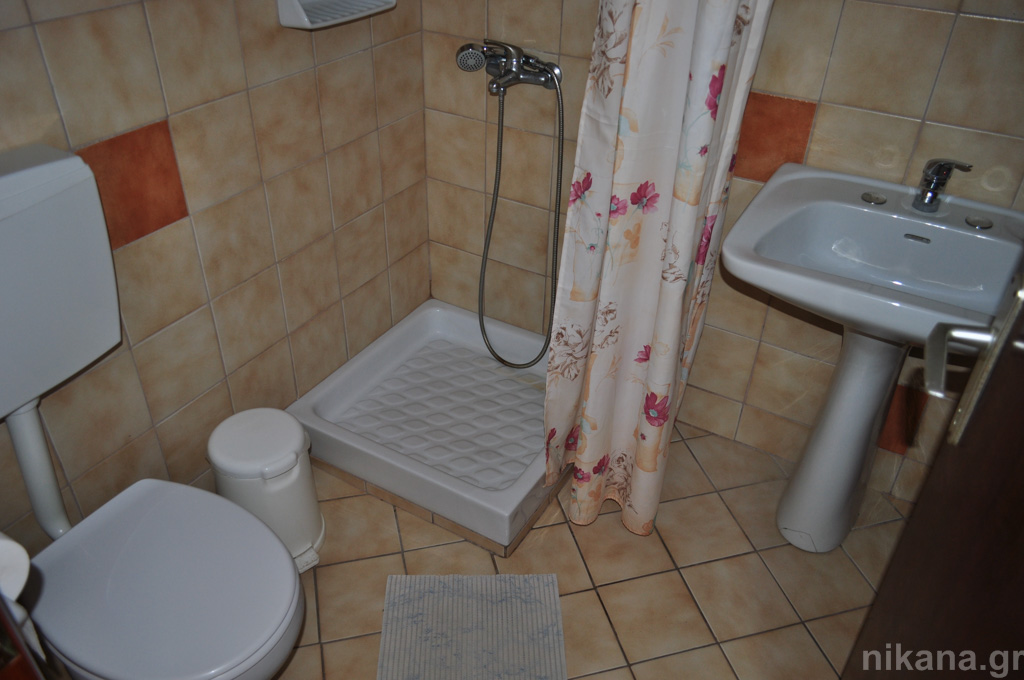anna rooms potos thassos 4 bed std high ground floor #3  (8)
