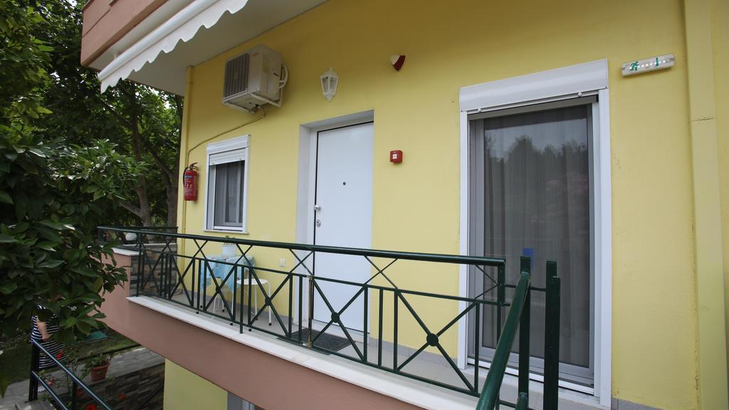 pavlidis stavros rooms siviri kassandra 4 bed comfort apartment 1