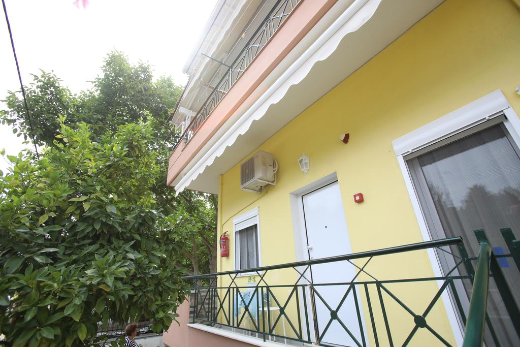 pavlidis stavros rooms siviri kassandra 4 bed comfort apartment 2