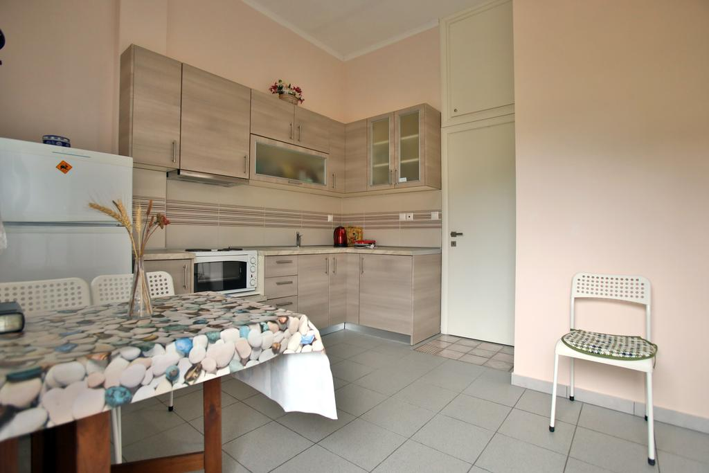 pavlidis stavros rooms siviri kassandra 4 bed comfort apartment 3