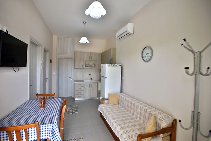 pavlidis stavros rooms siviri kassandra 6 bed deluxe apartment 10