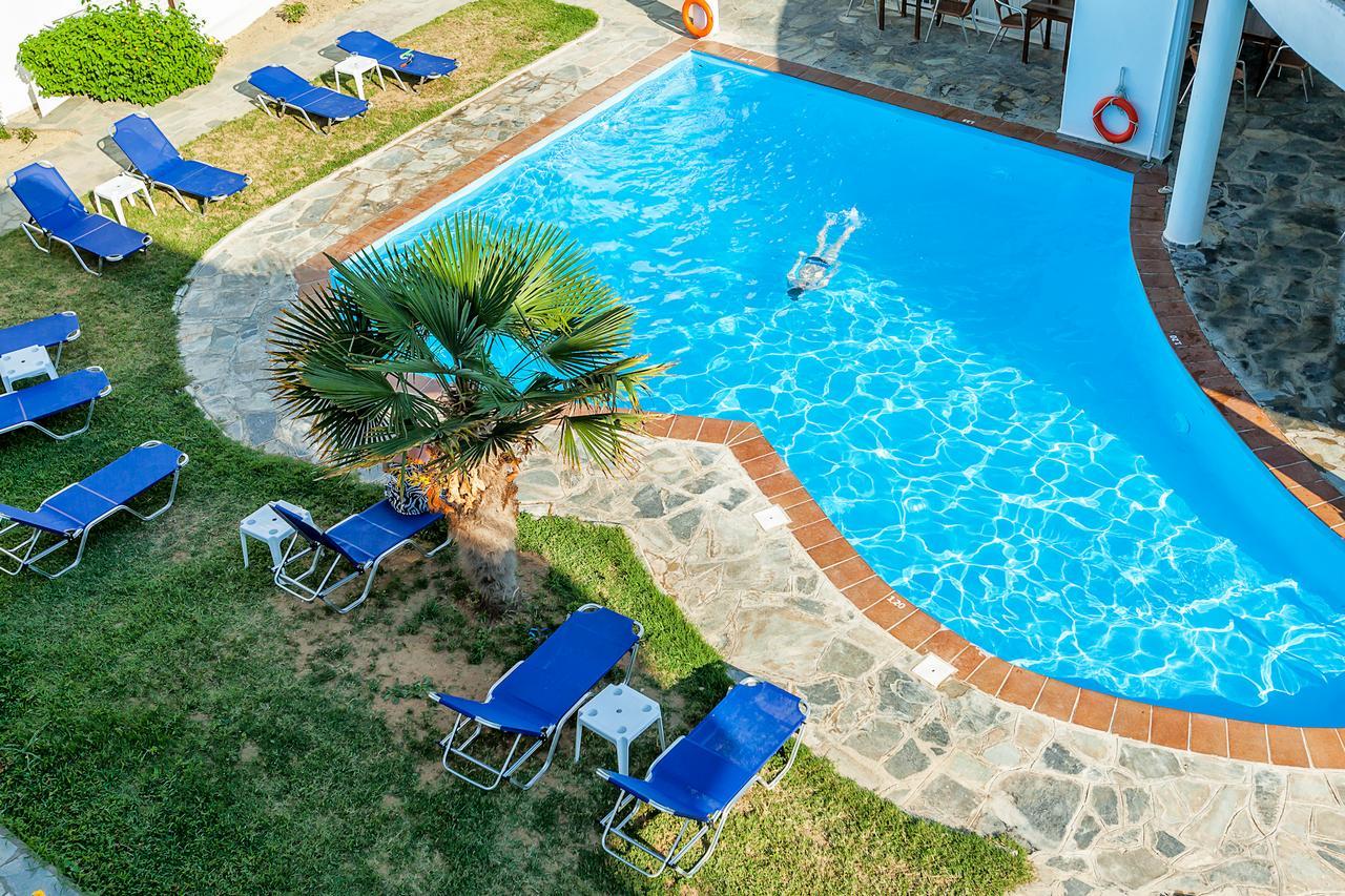 Dolphin Beach Hotel Possidi